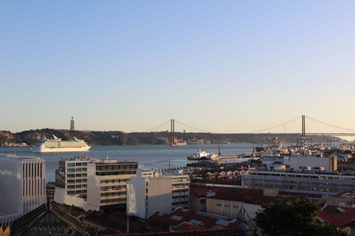 Lissabon Ausblick Miradouro de Santa Catarina