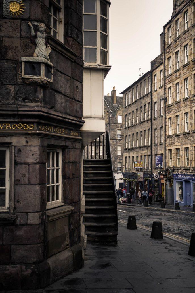 Straße in Edinburgh